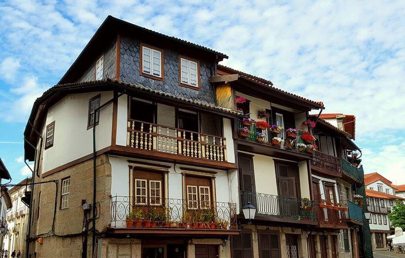 Красивые города Португалии: Гимарайнш