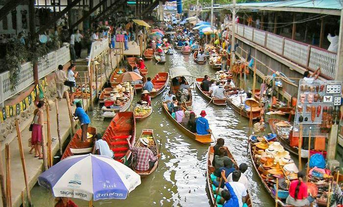 Куда поехать в Таиланде: плавающий банкогский рынок
