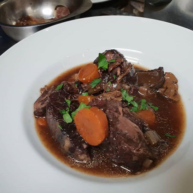 Блюда Прованса: кухня Лазурного берега и Юга Франции - Тушеная говядина по-провансальски