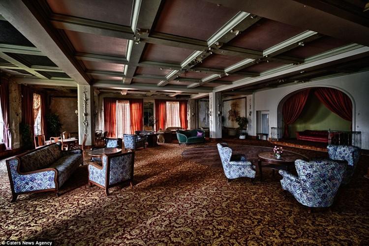 заброшенные отели европы (16)