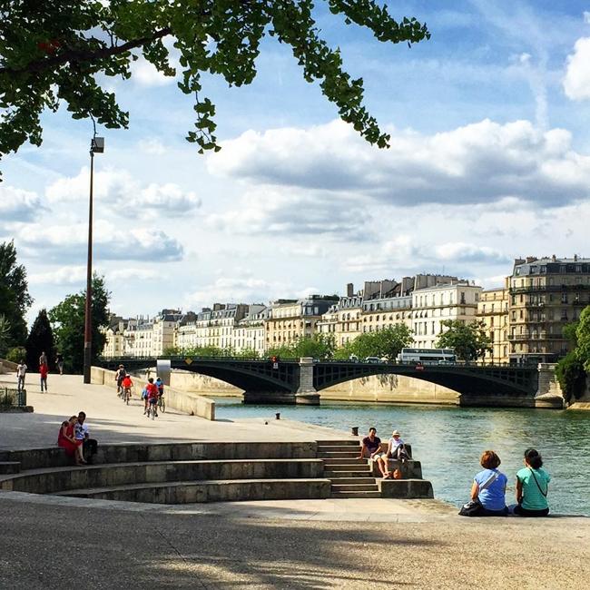 Улицы и кафе Парижа в Instagram 16