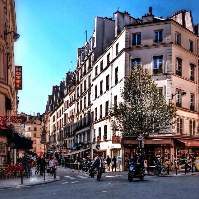 Улицы и кафе Парижа в Instagram 5