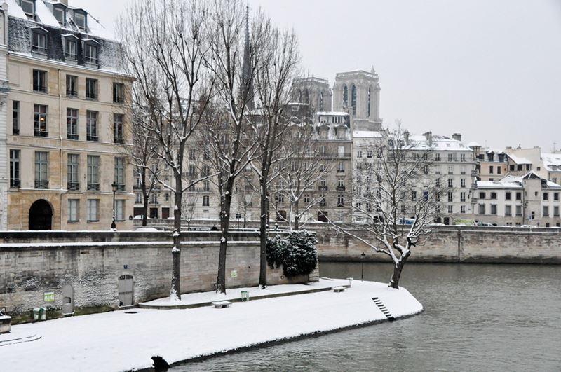 Архитектура Парижа зимой