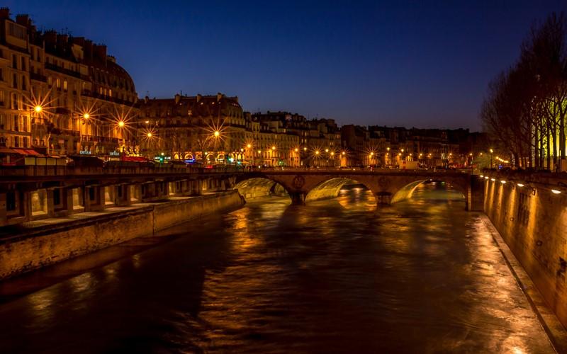 Ночной Париж фото (24)