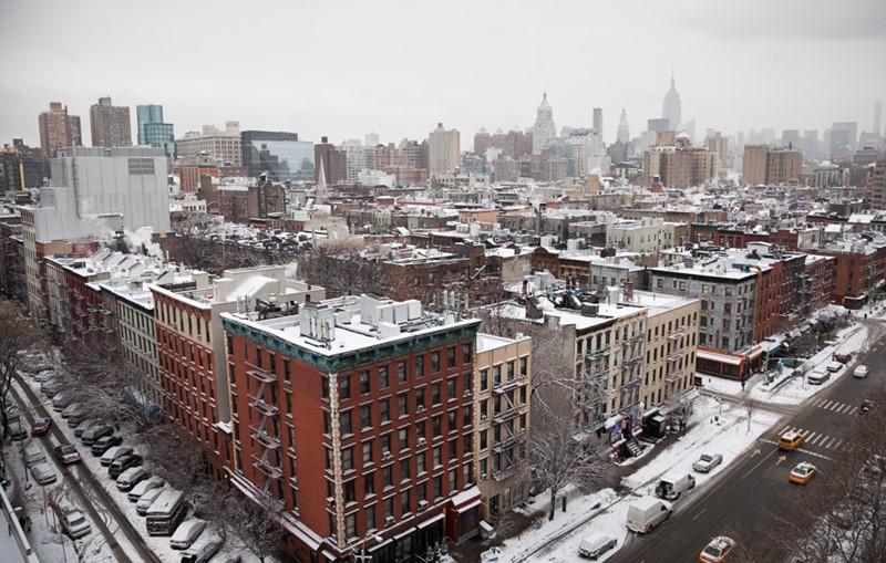 Нью-Йорк зимой снег в большом городе  (17)