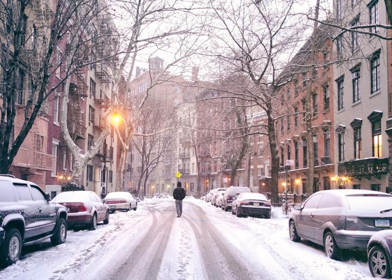 Нью-Йорк зимой снег в большом городе  (3)