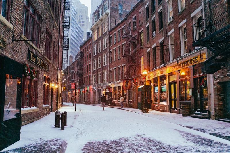 Нью-Йорк зимой снег в большом городе  (5)