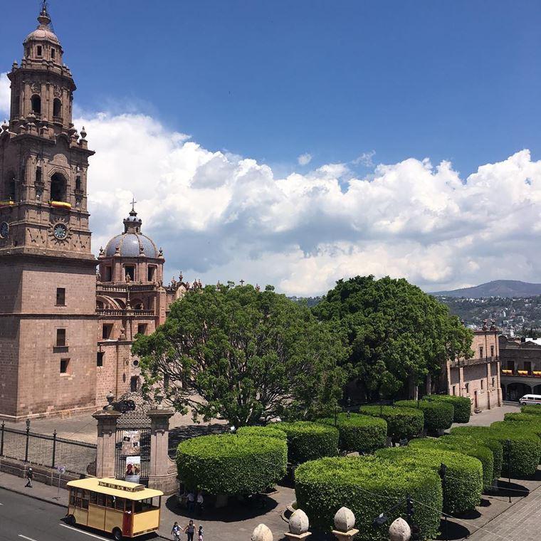 Крупные и красивые города Мексики: Морелия