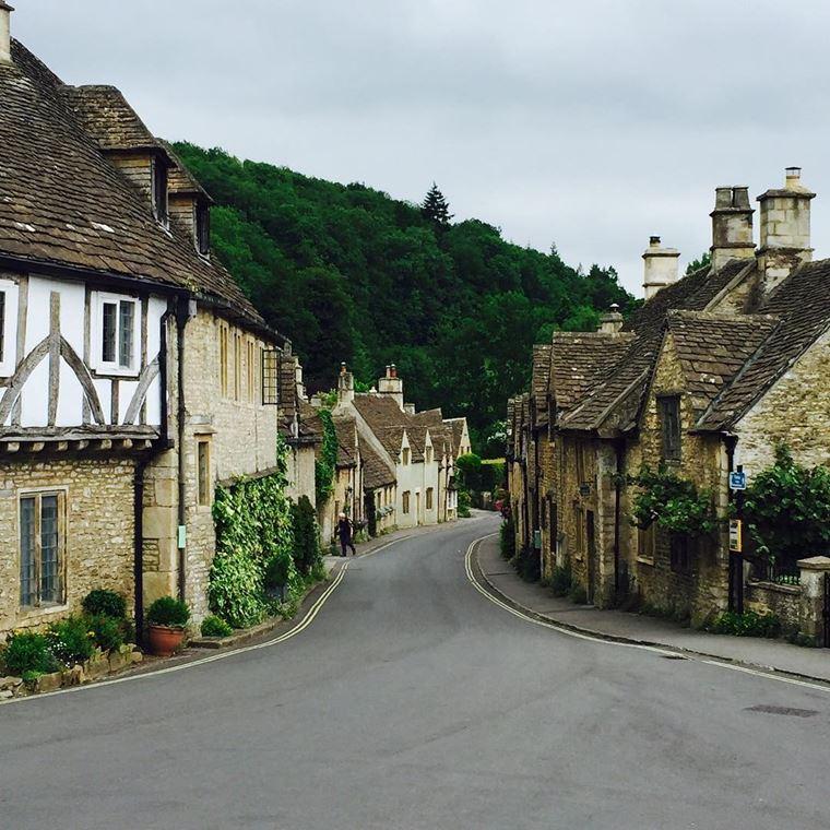 Красивые деревни Великобритании: Касл Комб
