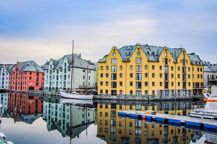 Места Норвегии, которые нужно посетить: Олесунн