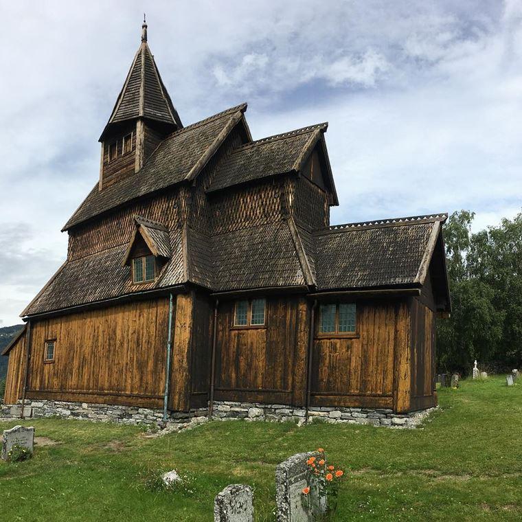 Достопримечательности Норвегии: Ставкирка в Урнесе