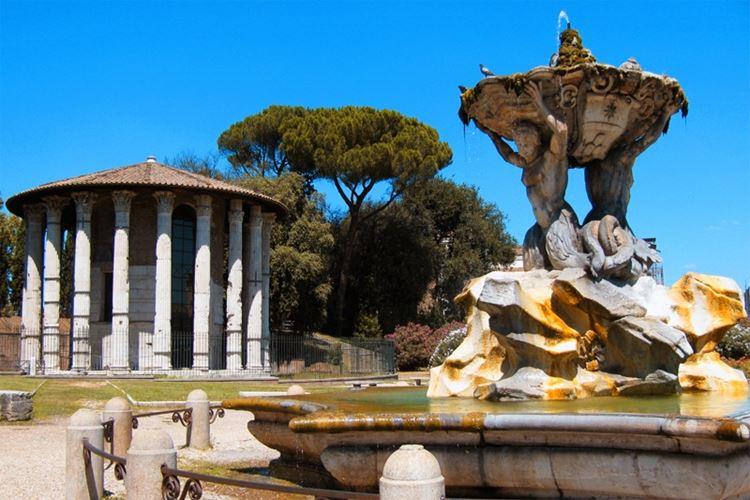 Главные красивые площади Рима: Площадь «Уста истины»