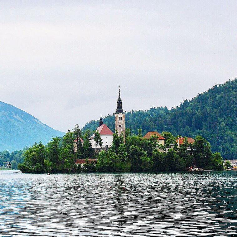 Красивые деревни и маленькие города Европы: Блед