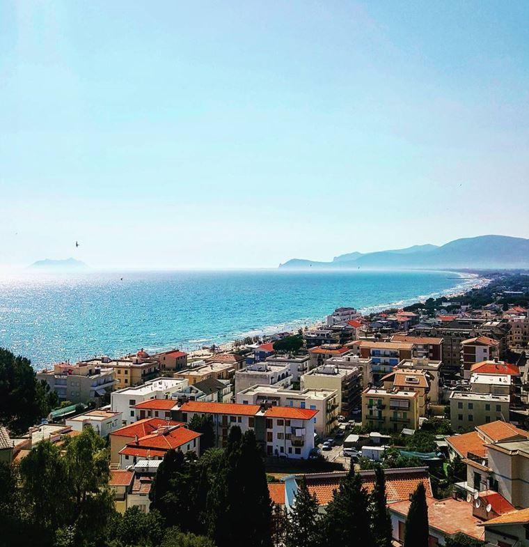 Красивые деревни и маленькие города Италии: Сперлонга