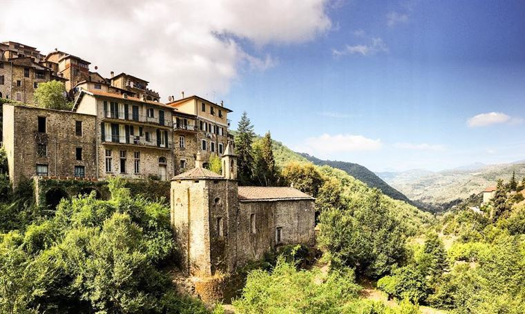 Красивые деревни и маленькие города Италии: Априкале