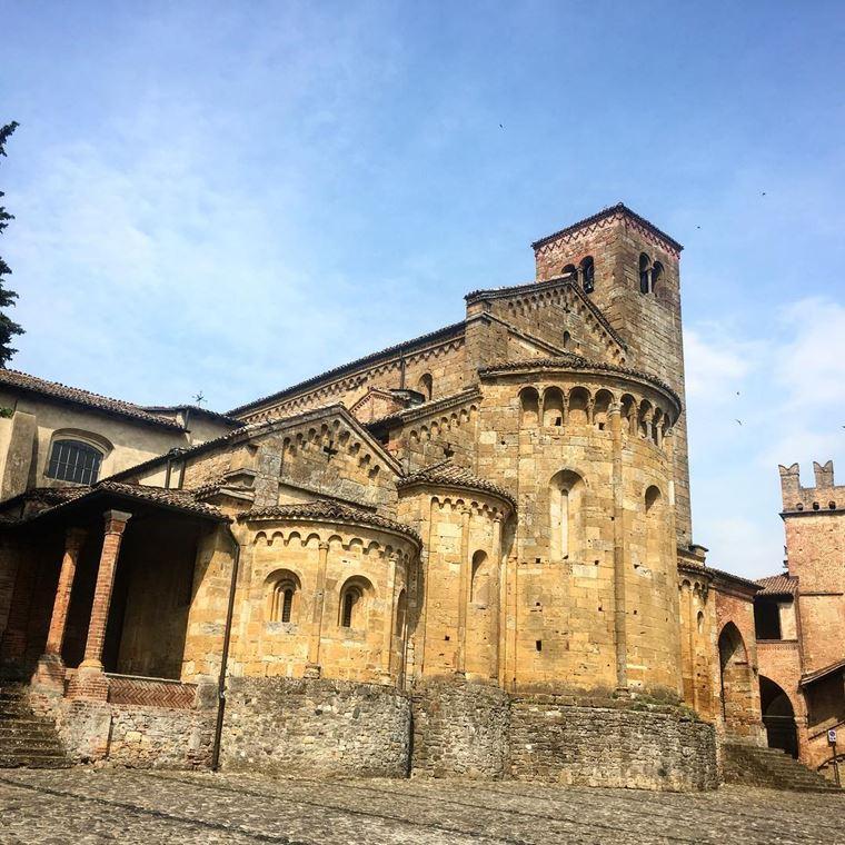 Красивые деревни и маленькие города Италии: Кастель-Аркуато