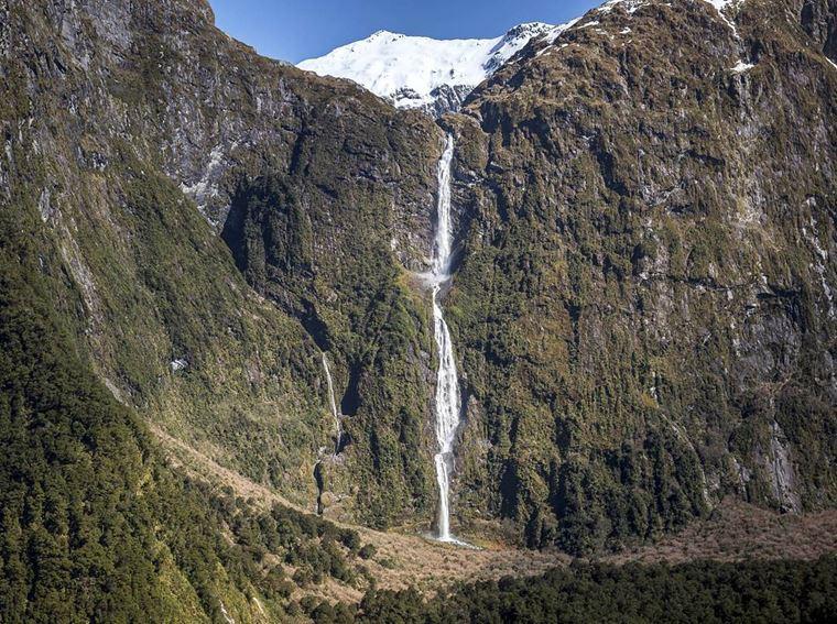 Самые красивые водопады мира: Сазерленд (Новая Зеландия)
