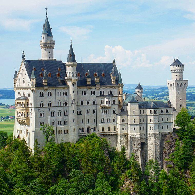 Красивые замки и дворцы мира: Замок Нойшванштайн
