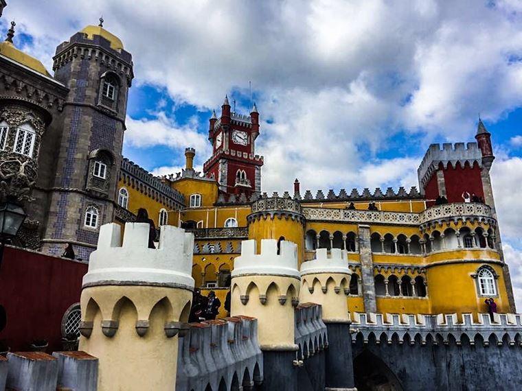 Красивые замки и дворцы мира: Национальный дворец Пенья