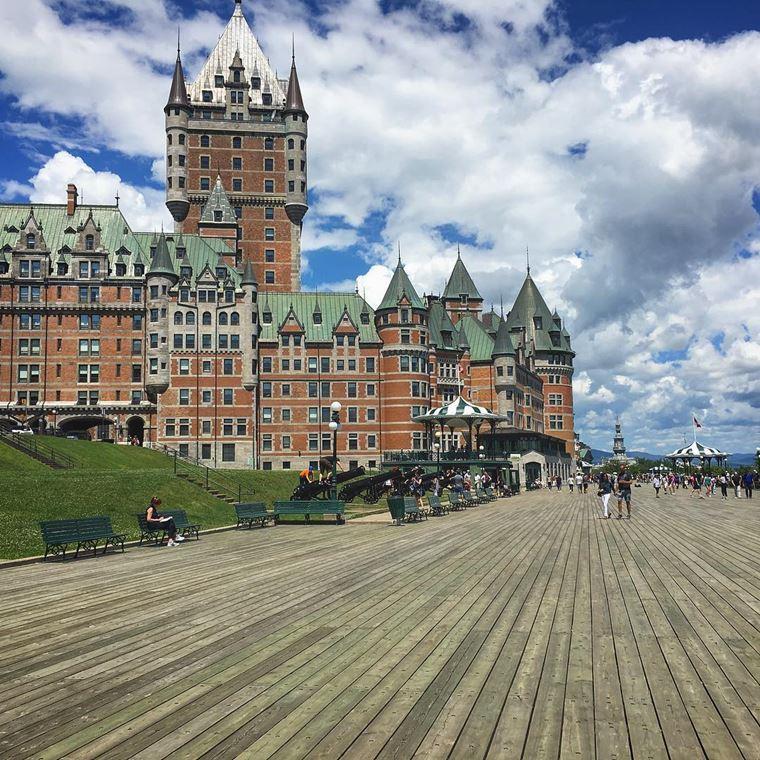 Красивые замки и дворцы мира: Замок Фронтенак