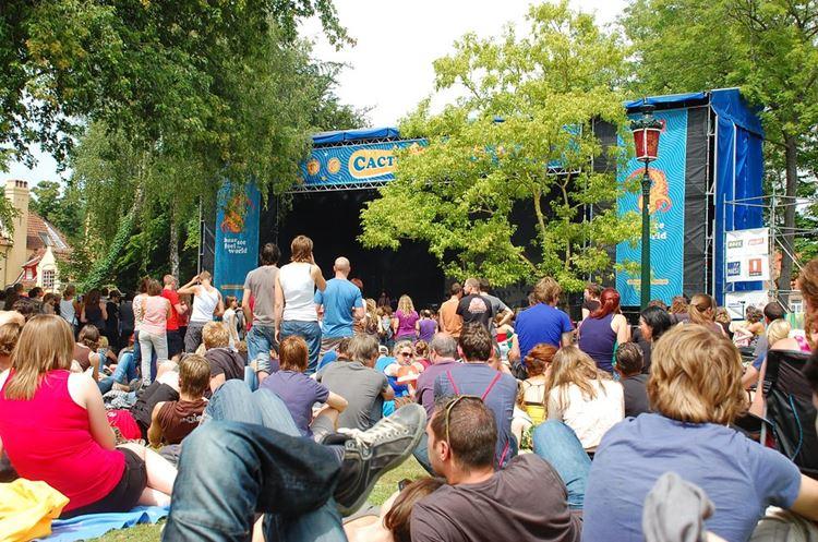 Музыкальный фестиваль Cactus (Брюгге, Бельгия)
