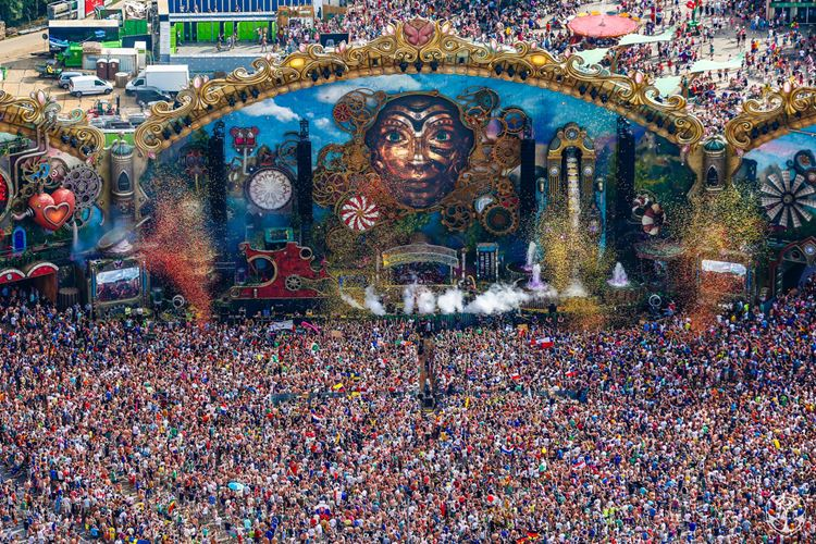 Музыкальный фестиваль Tomorrowland (Бум, Бельгия)