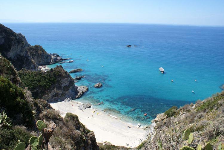 Лучшие пляжи Калабрии, Италия - Капо Ватикано