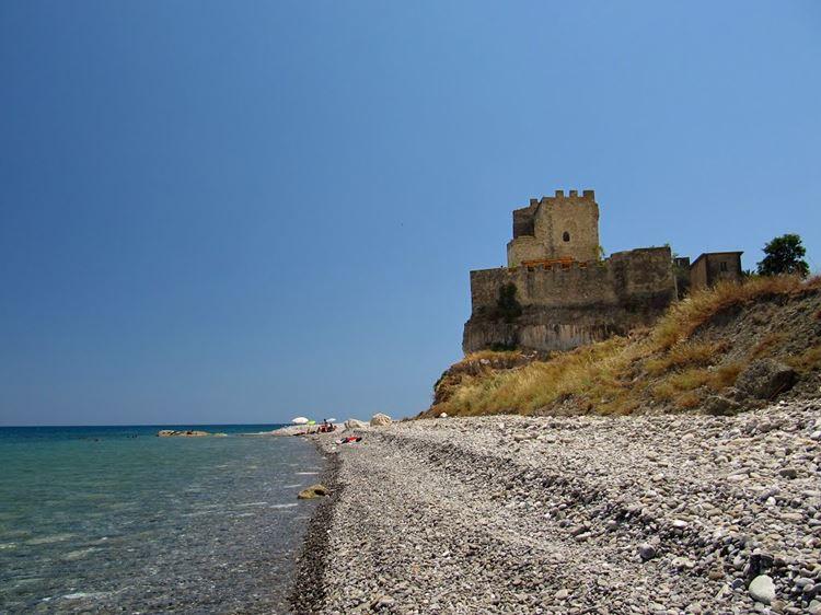 Лучшие пляжи Калабрии, Италия - Розето-Капо-Спулико