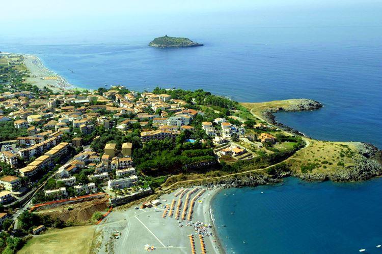 Лучшие пляжи Калабрии, Италия - Диаманте