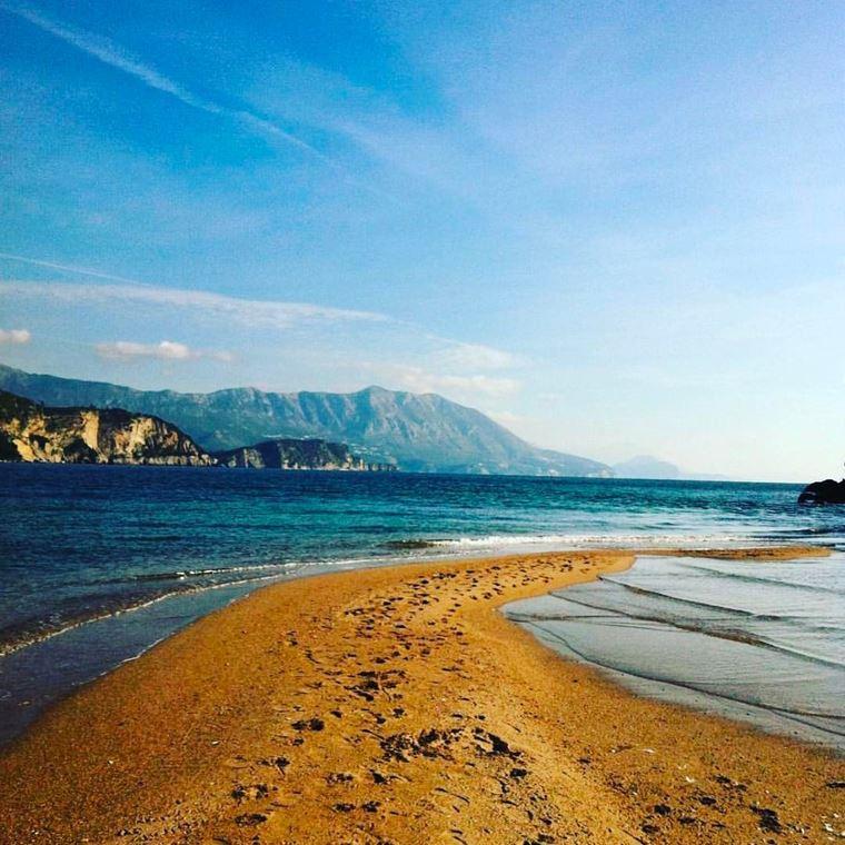 Лучшие пляжи Черногории: песчаный Яз