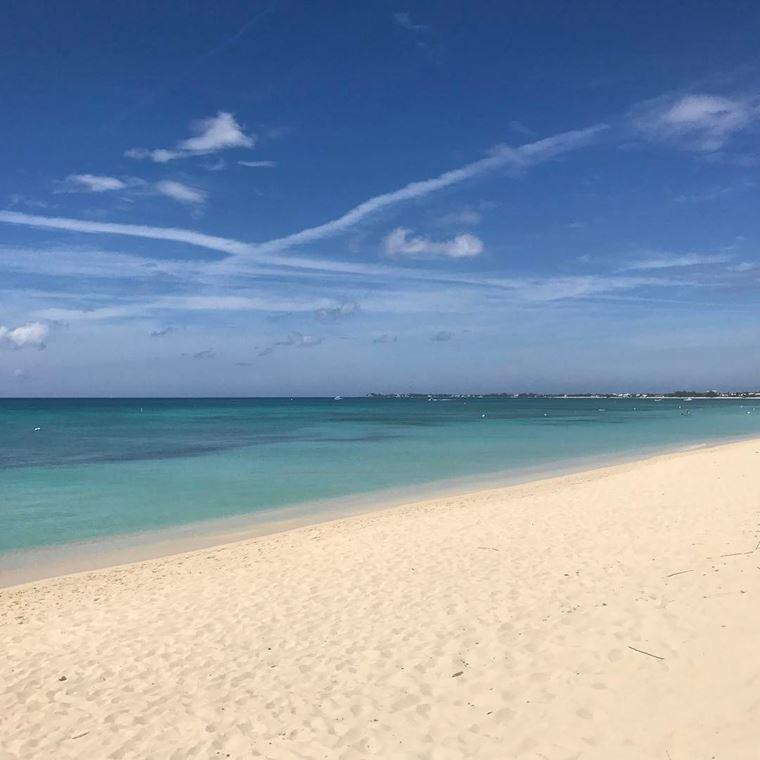 Лучшие пляжи Кипра: песчаный пляж Губернатора