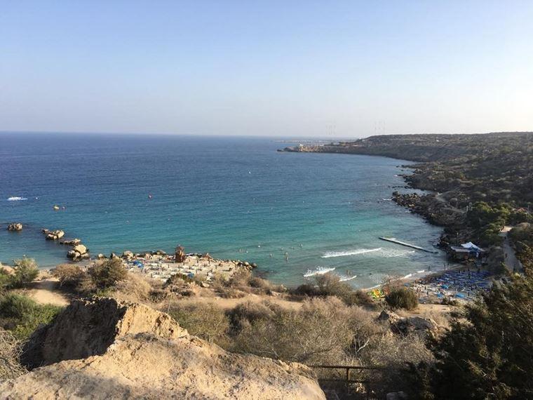 Лучшие пляжи Кипра: вид пляжа Коннос Бэй