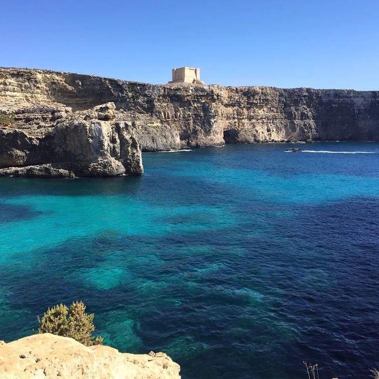 Лучшие пляжи Мальты: Голубая лагуна