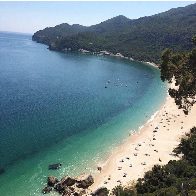 Лучшие пляжи Португалии: Портиньо да Аррабида