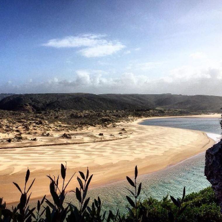 Лучшие пляжи Португалии: Прайя-да-Аморейра