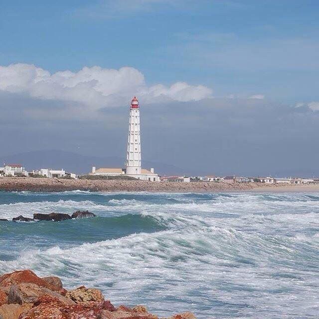 Лучшие пляжи Португалии: Илья-ду-Фарол