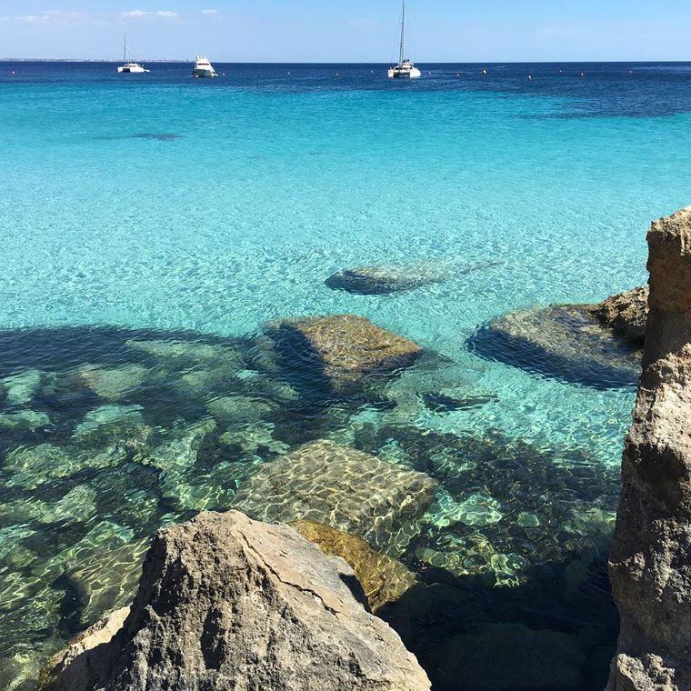 Лучшие пляжи Сицилии: Кала Аззурра