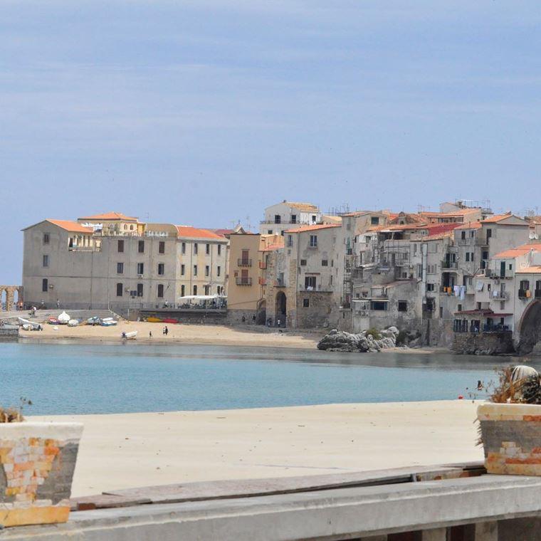 Лучшие пляжи Сицилии: Пляж Чефалу