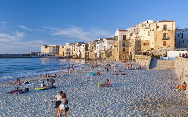Лучшие пляжи Сицилии: Чефалу