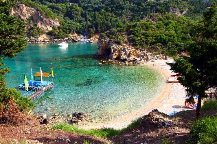 Лучшие пляжи острова Корфу, Греция: Палеокастрица