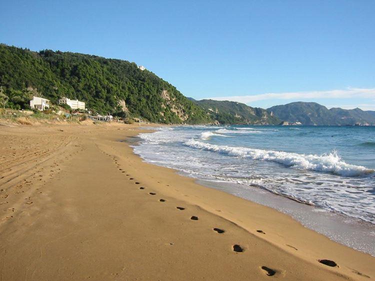 Лучшие пляжи острова Корфу, Греция: Глифада