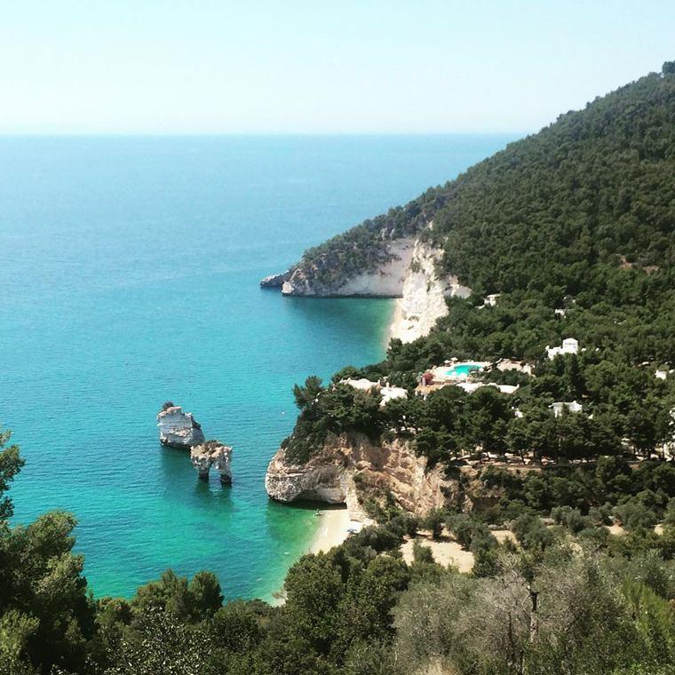 Лучшие пляжи Апулии: Залив Загаре