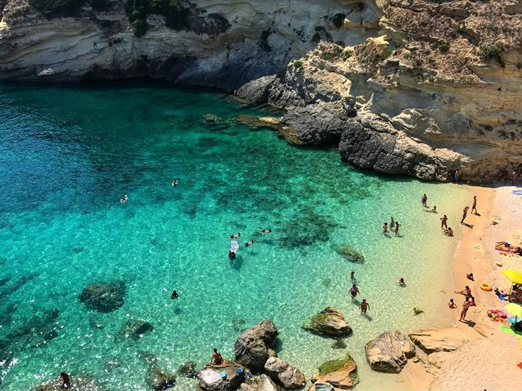 Лучшие пляжи Апулии: Порто Миджано