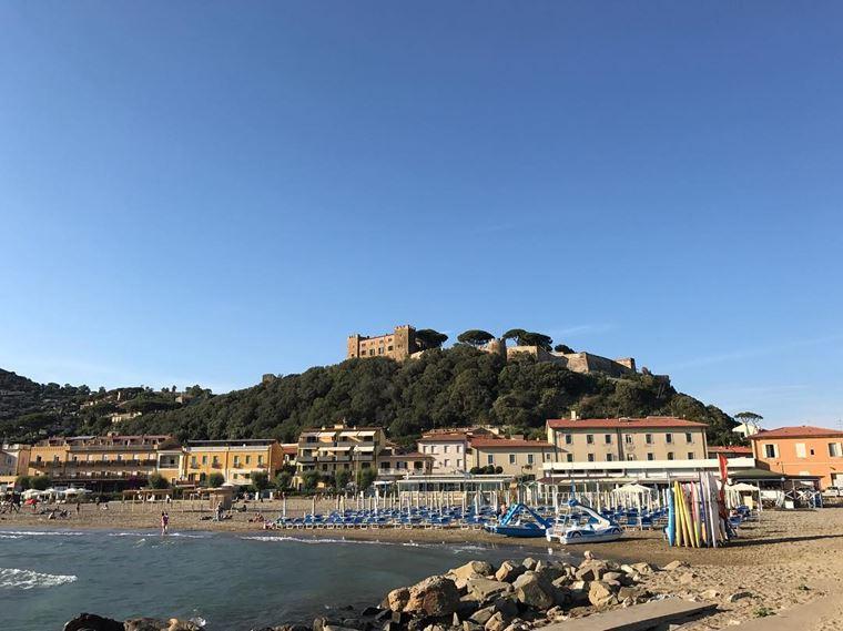 Лучшие пляжи Тосканы: Кастильоне-делла-Пеская