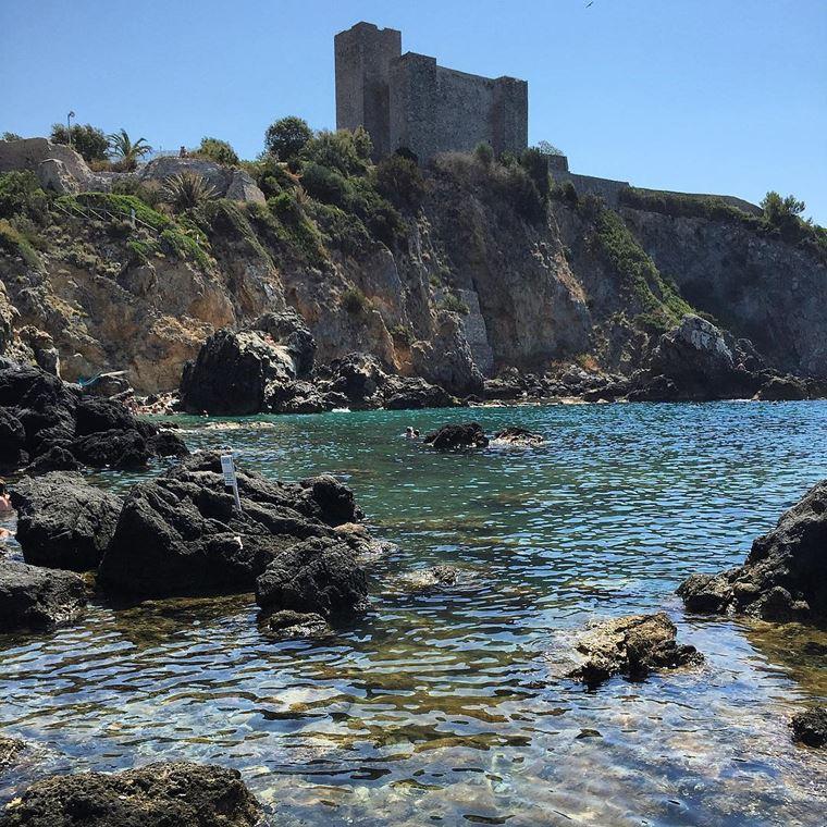 Лучшие пляжи Тосканы: Кала Баньо-делле-Донне