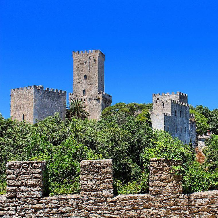 Города южной Италии: Эриче