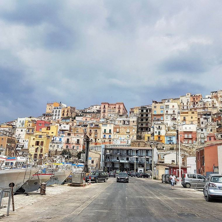 Города южной Италии: Шакка