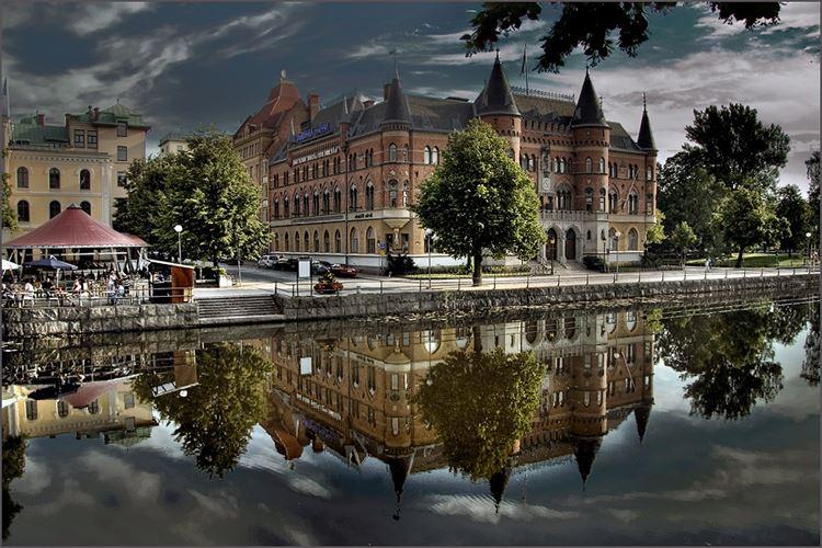 Карлстад – тихий городок на озере Венерн