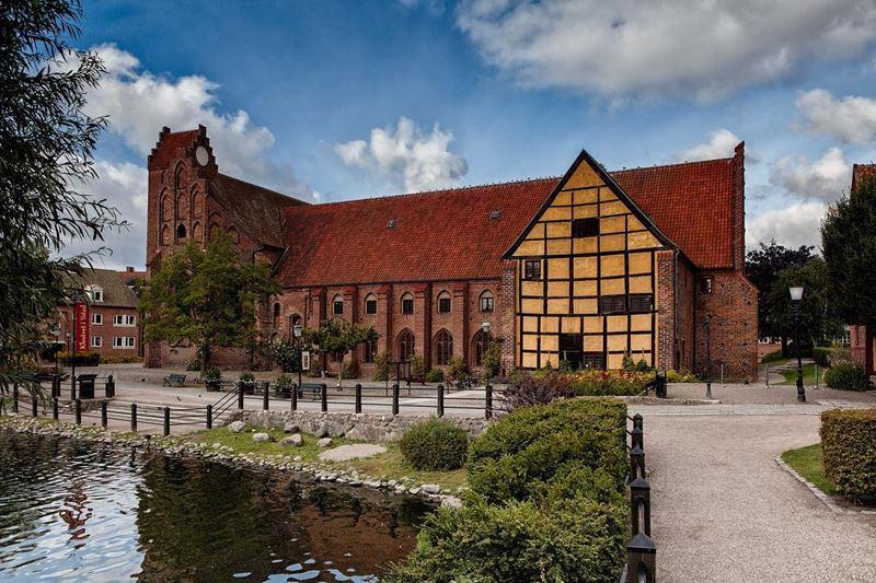 Топ-14 городов Швеции, которые нужно посетить - Истад