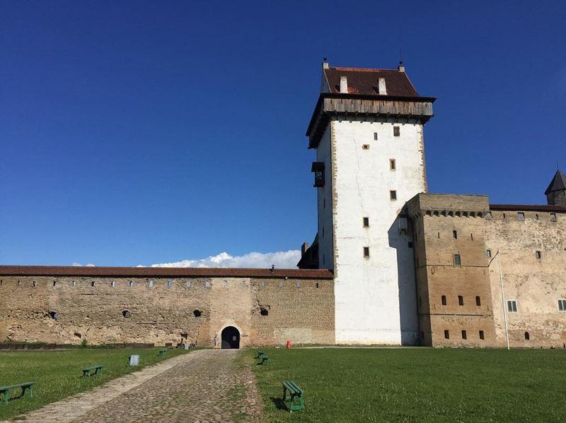 Красивые города Эстонии: Нарва